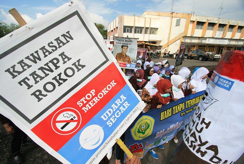 Forum Anak Daerah (FAD) Bali Tolak RUU Pertembakauan